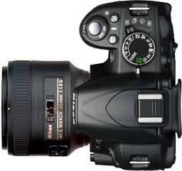 Nikon D3100 + 85mm f/1.8G