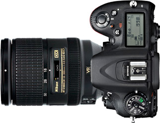 Nikon D7100 + 18-300mm