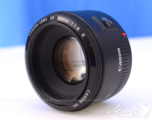 Canon 50mm f1.8 II EF lens glass - © Copyright Cameratips.com