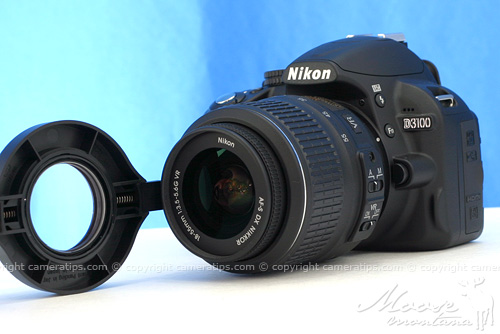 Attaching Raynox DCR-250 to Nikon D3100 kit lens - © Copyright Cameratips.com